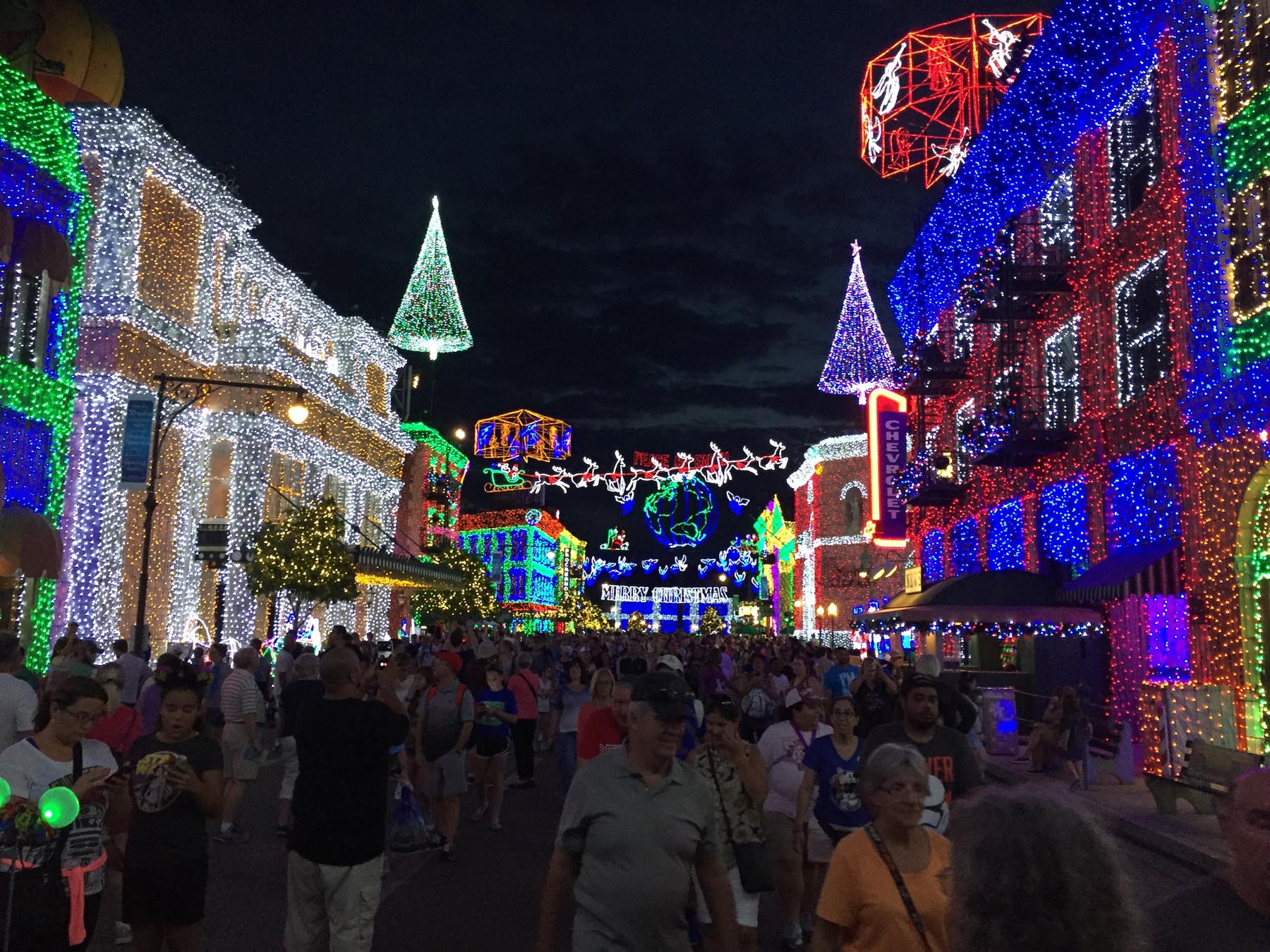 Image Todayu0027s Disney Photo: Osborne Lights Up For U002715 In Final Year