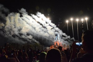 As we come to and in the spirit of the Fourth of July of 2016, I'm posting a few fireworks photos by Allison. Here's yet another that she got of fireworks on Friday, Oct. 16, 2015, during Mickey's Not-So-Scary Halloween Party at the Magic Kingdom. Of course the fireworks go off over the Cinderella Castle at Walt Disney World.