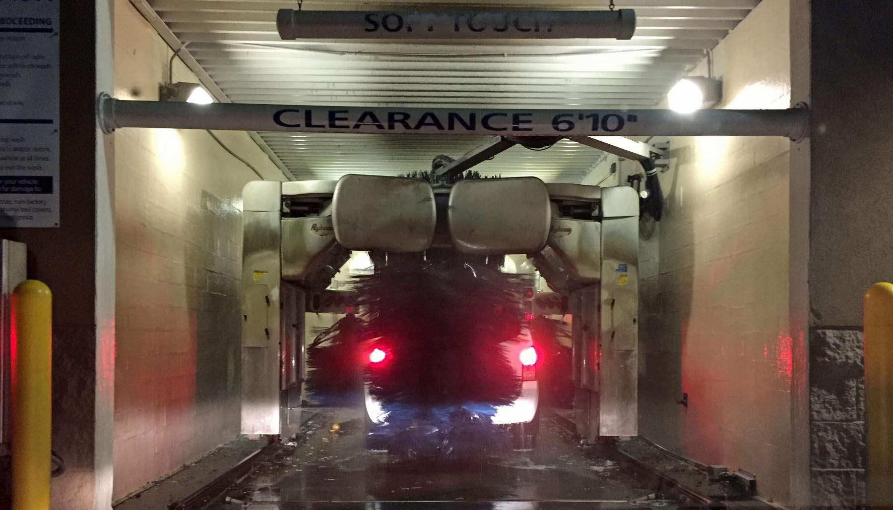 Sams Club Auto 2 >> At The Car Wash Again A Gator In Naples